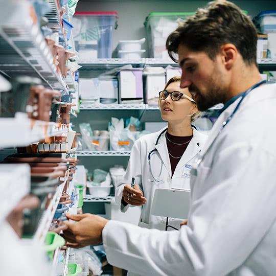 Logibec-home-2-pharmacists