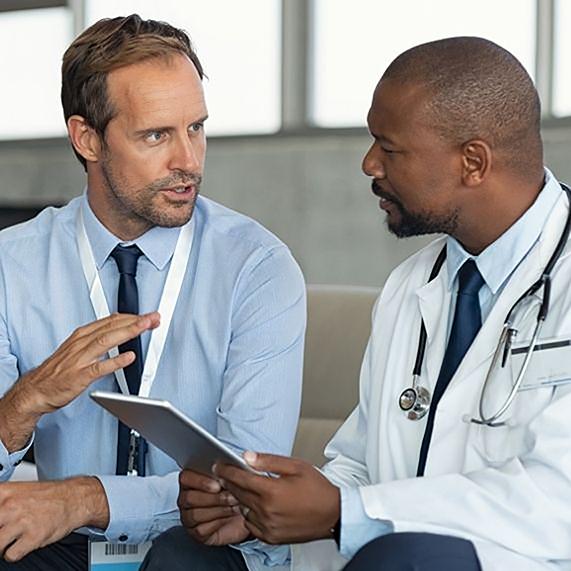 Logibec-two-doctors-speaking