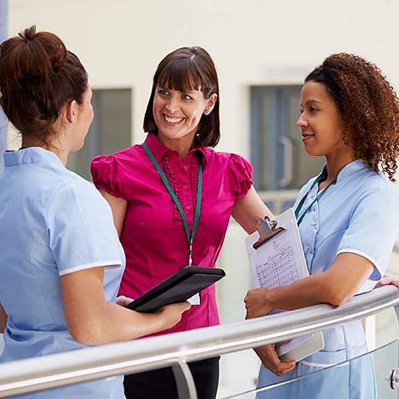 Logibec-why-logibec-two-nurses-one-doctor